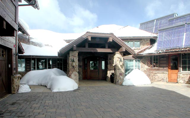 Holzworth Residence